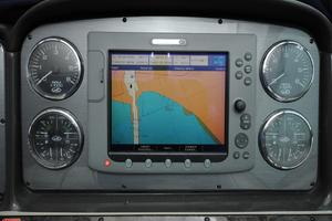 photo of Sea-Ray-38-Sundancer-2007-El-Don-North-Beach-Maryland-United-States-Helm-Instruments-and-Chartplotter-923282