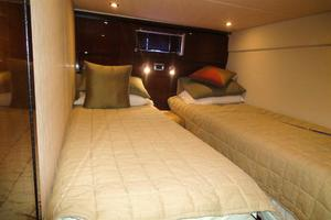 48' Sea Ray 48 Sundancer 2008 Guest Stateroom