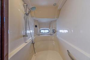 Sea-Ray-48-Sundancer-2008-Francesca-Coconut-Grove-Florida-United-States-Master-Shower-918630
