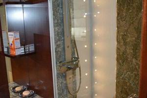 photo of PerMare-Amer-92-2010-Lady-H-Sanremo-Italy-Guest-Cabin-Shower-923796