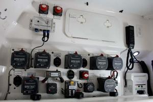 photo of Everglades-35-LX-NEW-POWER-2010--Delray-Beach-Florida-United-States-Battery-Switches-923984