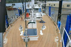 65' Custom John Walsh Expedition Schooner 1988 Foredeck