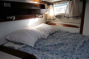 65' Custom John Walsh Expedition Schooner 1988 Guest Berth