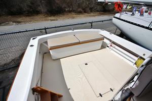 Fortier-33-2008--Mattapoisett-United-States-cock-pit-with-aft-seat-920573