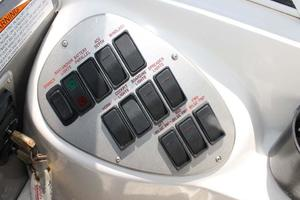 39' Cruisers Yachts 396 Motoryacht 2007 Helm Electronic Switches