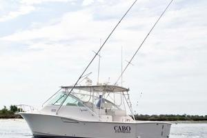 35' Cabo 35 Express 2006 Port
