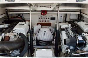 35' Cabo 35 Express 2006 Engine Room