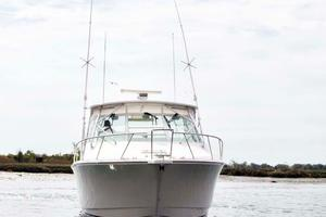 35' Cabo 35 Express 2006 Bow