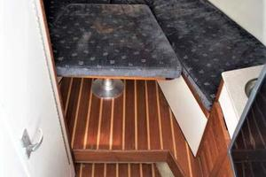 Pursuit-3070-Offshore-2003--Long-Island-New-York-United-States-Cabin-930263