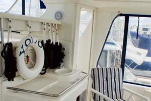 Sea-Ray-420-Aft-Cabin-2000-YOLO-Long-Island-New-York-United-States-Cockpit-930358