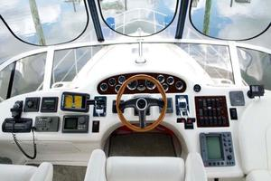 Sea-Ray-420-Aft-Cabin-2000-YOLO-Long-Island-New-York-United-States-Helm-930352
