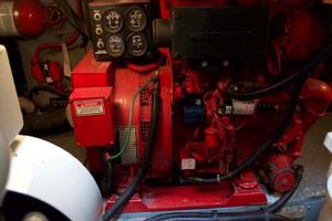 photo of Sea-Ray-420-Aft-Cabin-2000-YOLO-Long-Island-New-York-United-States-Genset-930362