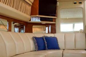 photo of Sea-Ray-420-Aft-Cabin-2000-YOLO-Long-Island-New-York-United-States-Salon-930320