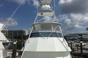 52' Hatteras Convertible 1990 Tower