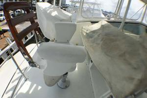 52' Hatteras Convertible 1990 Chair and Covers