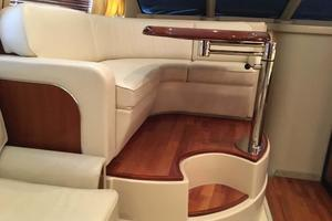 42' Sea Ray 420 Sedan Bridge 2005 Raised Dinette