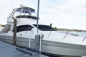 42' Sea Ray 420 Sedan Bridge 2005 Profile