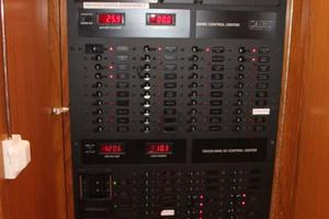 photo of Cabo-40-Express-2007-C-Hoss-Orange-Beach-Alabama-United-States-Electrical-Panel-927805