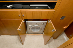 50' Naval Yachts 50 Yacht Cat 2011 Washer/ Dryer Unit