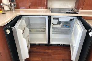 48' Sea Ray  2004 Under Counter - Refrigerator/ Freezer