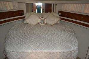 48' Sea Ray  2004 Master Stateroom