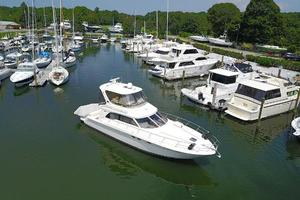 48' Sea Ray  2004 Starboard View