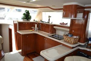 48' Sea Ray  2004 Galley