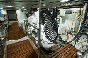49' DeFever 49 Pilothouse 2018 Engine Room