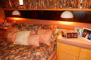 46' Silverton Motor Yacht 1990 Walk around Queen bed aft stateroom