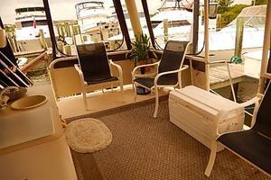 46' Silverton Motor Yacht 1990 Aft deck
