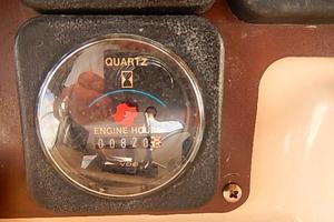 46' Silverton Motor Yacht 1990 Engine hours  820
