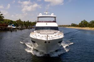 68' Princess Flybridge 68 Motoryacht 2015 Bow