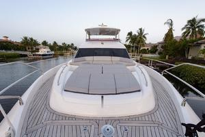 68' Princess Flybridge 68 Motoryacht 2015 Bow Sunpad