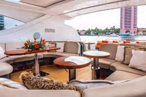 79' Leopard  2000 Bridge Deck Seating