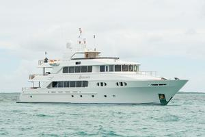 150' Richmond Yachts Tri-deck Motor Yacht 2010 PROFILE