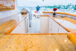 150' Richmond Yachts Tri-deck Motor Yacht 2010 FLYBRIDGE BAR