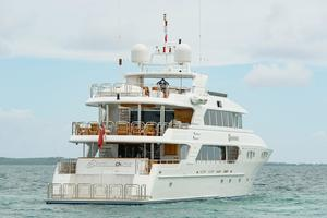150' Richmond Yachts Tri-deck Motor Yacht 2010 AT ANCHOR