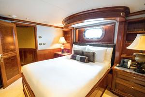 150' Richmond Yachts Tri-deck Motor Yacht 2010 SECOND QUEEN STATEROOM