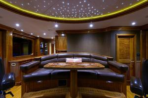 150' Richmond Yachts Tri-deck Motor Yacht 2010 PILOTHOUSE LOUNGE