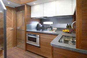 49' Sealine F490 2013 Manufacturer Provided Image: Sealine F490 Galley
