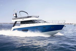 49' Sealine F490 2013 Manufacturer Provided Image: Sealine F48
