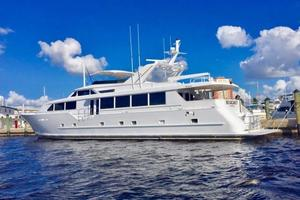 100' Broward Raised Pilothouse 2000 Port  Aft Profile