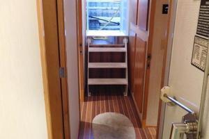 100' Broward Raised Pilothouse 2000 Crew Companionway
