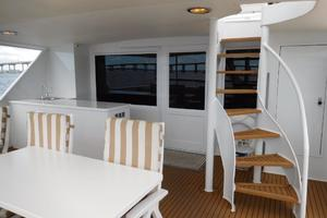 100' Broward Raised Pilothouse 2000 Aft Deck Staircase to Flybridge