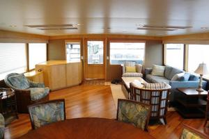 100' Broward Raised Pilothouse 2000 Salon looking aft