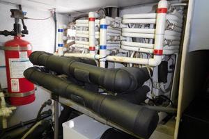 100' Broward Raised Pilothouse 2000 Engine Room