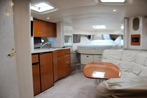 40' Formula 40 PC 2001 Salon from Mid cabin