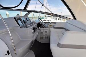 40' Formula 40 PC 2001 Helm Seats