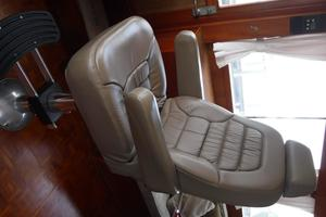 42' Grand Banks 42 Classic 1984 Helm seat