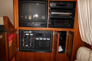 40' Luhrs Convertible 2001
